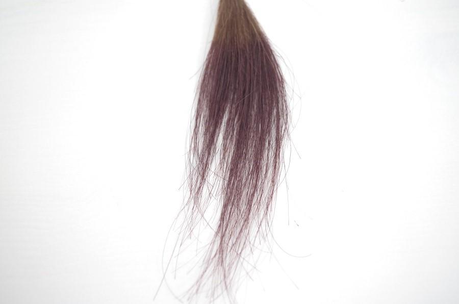 イルミナカラーの新色を毛束に染めてみました。