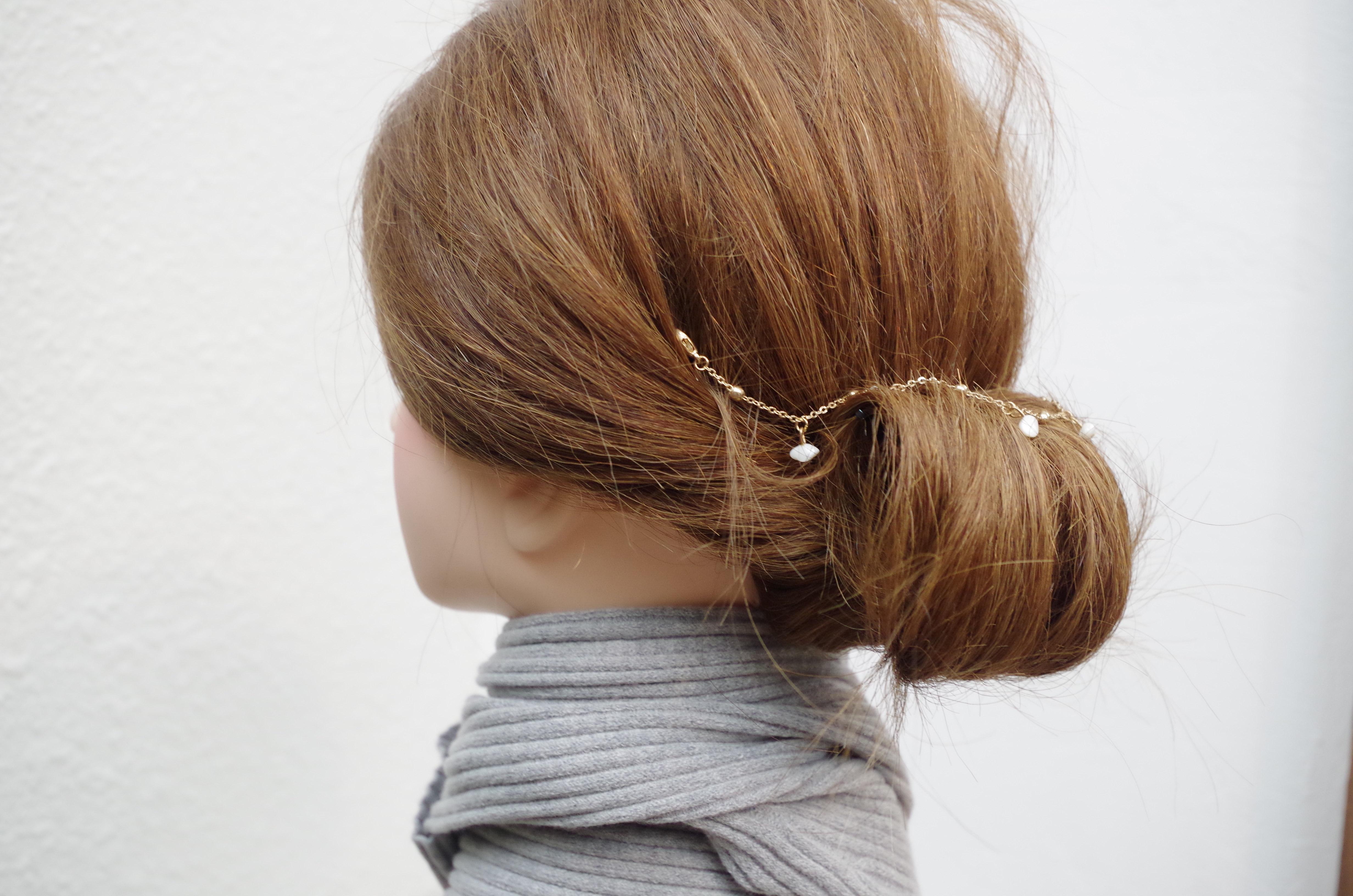 マフラー・ストールに合わせたまとめ髪