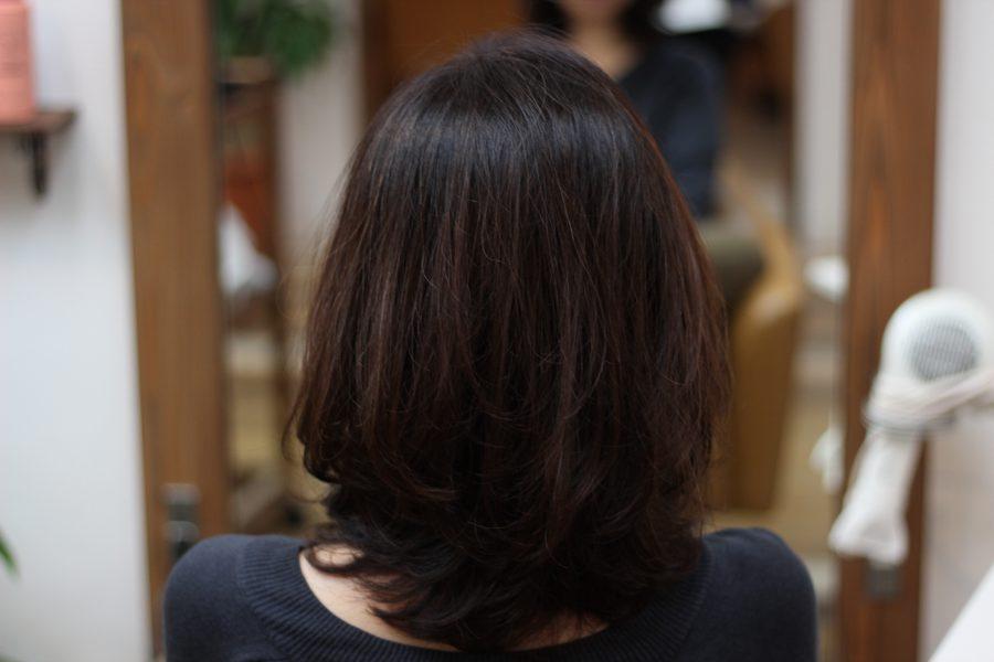 硬い髪質にはワンカールのデジタルパーマがおすすめ