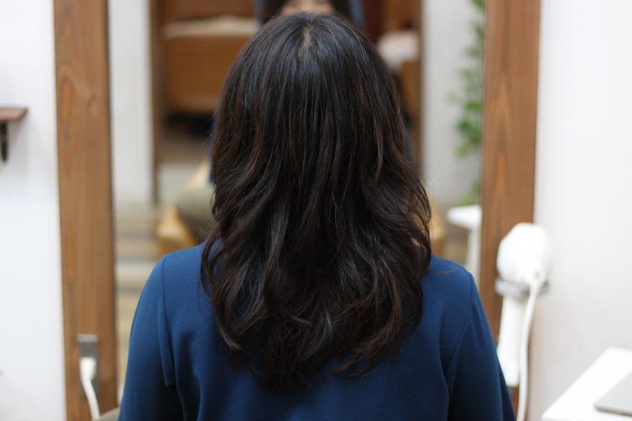 デジタルパーマで髪を綺麗にしていく