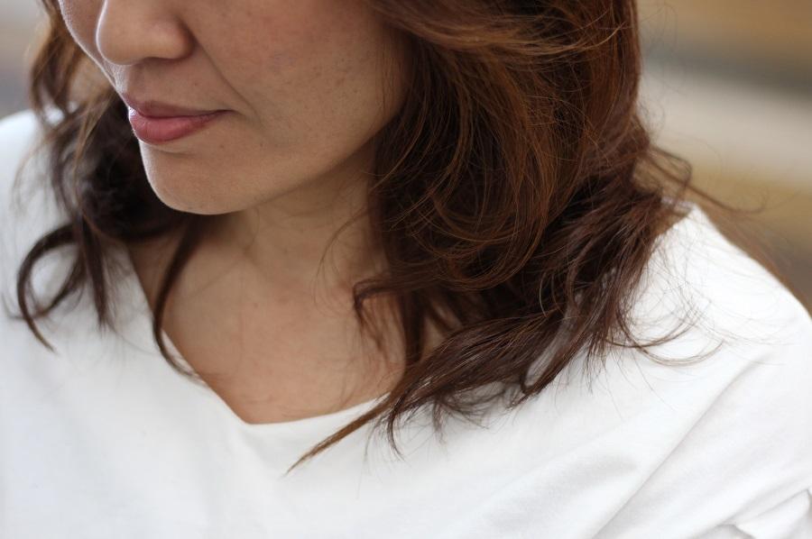 髪が多いならデジタルパーマで軽くまとめる